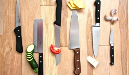 What Is The Best Kitchen Knife Set To Buy?